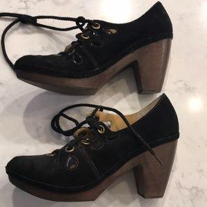 Black suede platform lace up heels - size 9